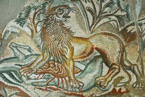 Lion, Caddeddi Villa